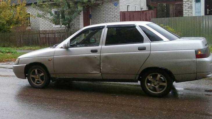 В Брянске угнали очередной автомобиль – владелец попросил помощи