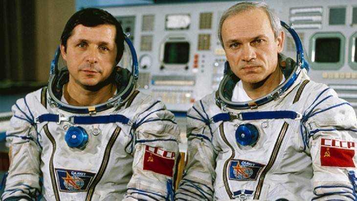Брянцам расскажут о космическом подвиге Джанибекова и Савиных