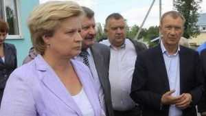 В Брянске разгорелся новый скандал с бракованными домами жены депутата