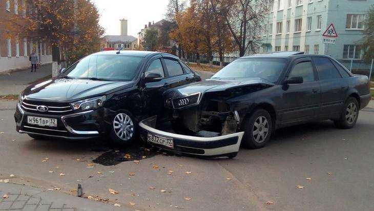 В Клинцах краш-тестом доказали, что Lada Vesta крепче Audi