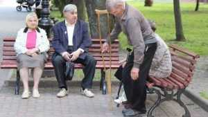В Брянске пожилых людей порадовали концертом