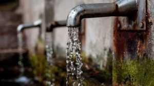 Брянский поселок останется без чистой воды еще три недели