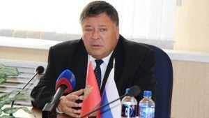 Брянский скандалист Коломейцев оскорбил сенатора Калашникова