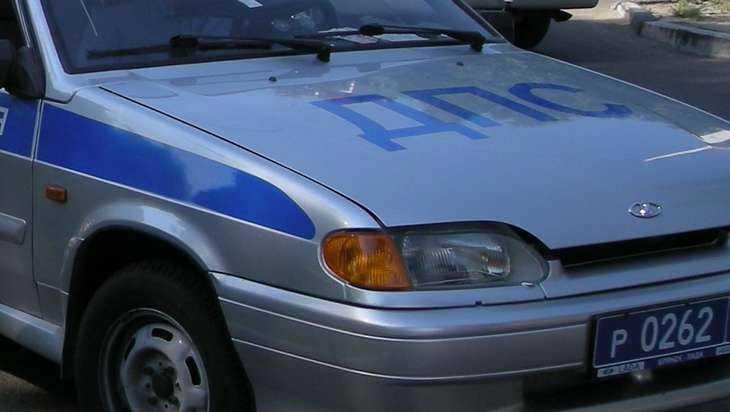 В Брянске при столкновении иномарок пострадал 20-летний водитель