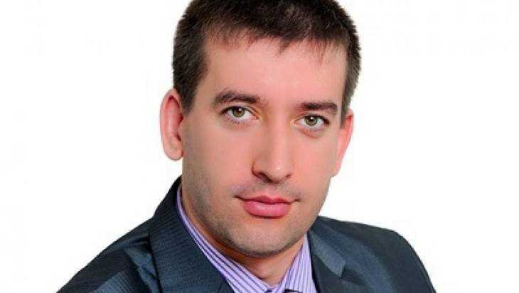 В Брянске 32-летнего директора школы обвинили в махинациях