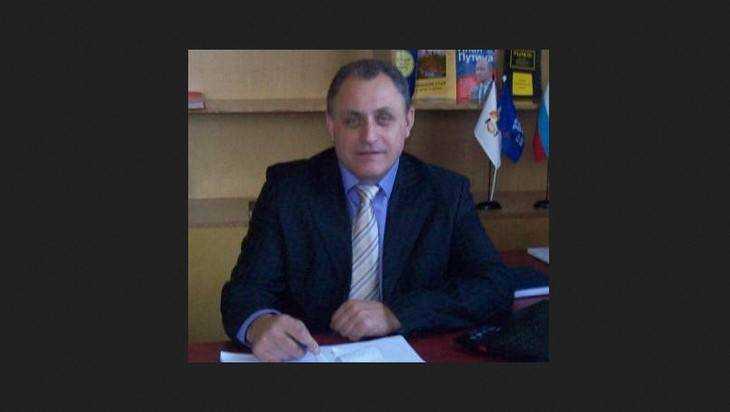 Главой Погарского района депутаты избрали 53-летнего Геннадия Агеенко