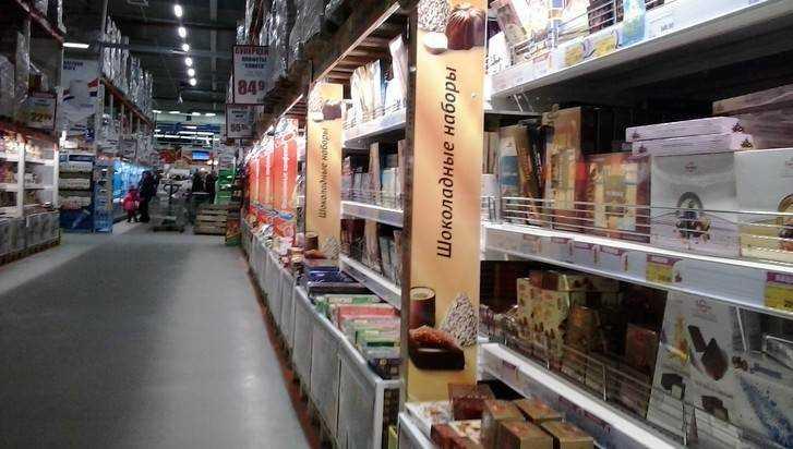 В Брянске сладкоежка украл гору шоколада из трех магазинов
