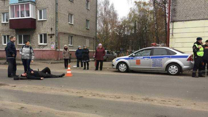 В Володарском районе Брянска сбили двоих пешеходов