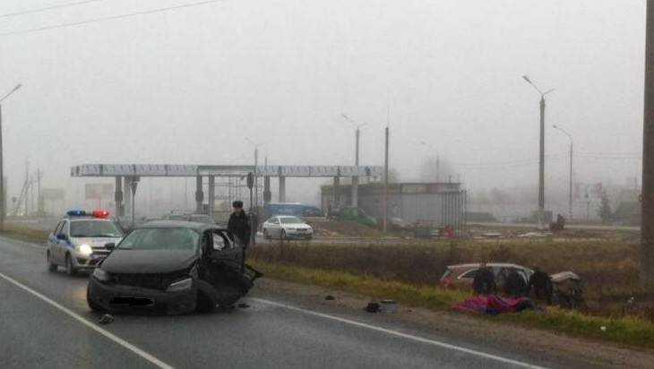 Под Брянском водитель Volkswagen столкнулся с Kia и погиб