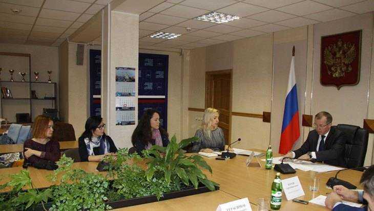 Жители Брянска пожаловались мэру на тайный притон на Авиационной