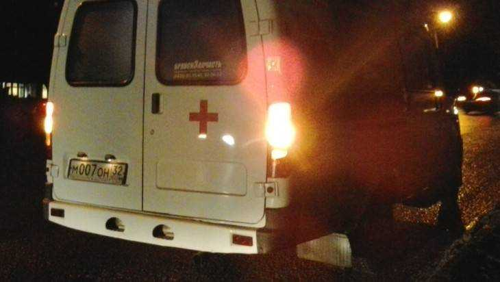 Под Брянском при столкновении грузовика и легковушки пострадал человек