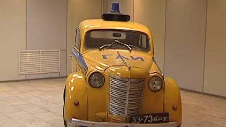 В Брянске показали воровские отмычки и хитрые приборы милиции