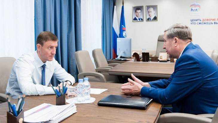 Глава Брянского отделения «Единой России» Попков встретился с Турчаком