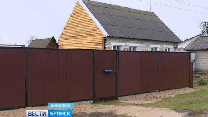 В Жуковке строптивые соседи отпилили половину дома