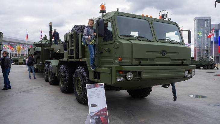 Брянский автозавод начал подготовку тягача для ЗРК С-500 «Прометей»