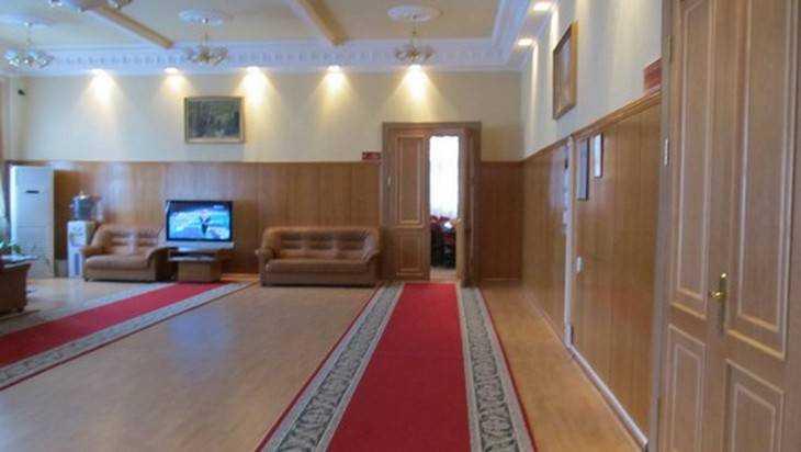 Брянская дума купит для нежных депутатов ковры за 215 тысяч рублей