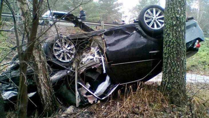 В ДТП на брянской трассе погибла беременная помощница прокурора