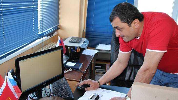 Директора брянского аэропорта Рохвадзе обвинили в хищении 1,5 млн рублей