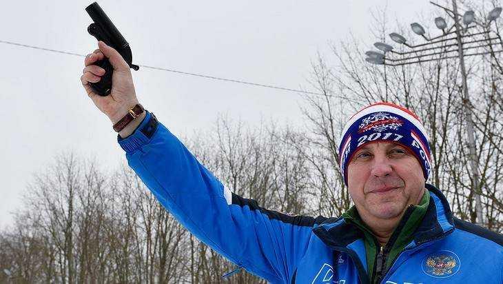 Брянский губернатор Богомаз пообещал тренерам достойную зарплату