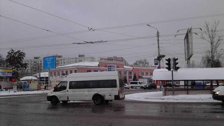 В Брянске маршрутчик предложил пассажирам выпрыгивать на ходу
