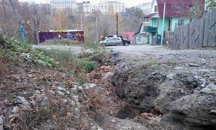 Центр Брянска превратился в зону строительного беззакония и свинства