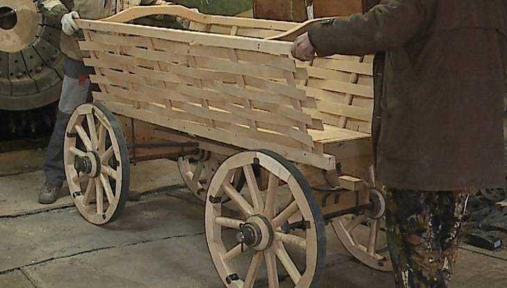 Мастера из Почепа изготовили повозки для фильмов «Матильда» и «Скиф»