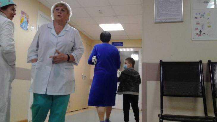 Учеников Новозыбкова сразила пневмония – гимназию закрыли