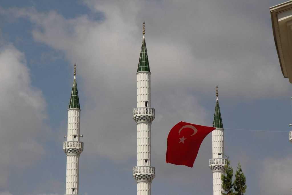 Брянский аэропорт откроет в 2018 году рейсы в Турцию и Египет