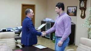 Самбист Артём Осипенко попросил мэра Брянска поднять зарплату тренерам