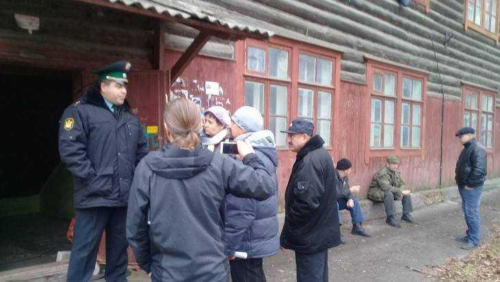 Ветерана войны Трусову стали выселять из центра на окраину Брянска