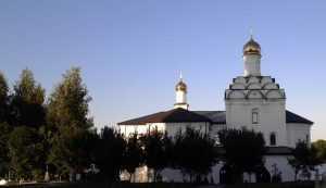 Брянских журналистов повезут в монастыри