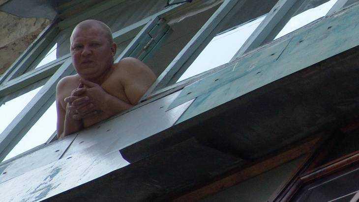 В Брянске дом признали аварийным, чтобы выселить жителей на окраину