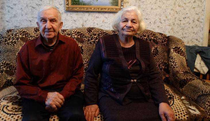 В Брянске супруги Тарабукины отпраздновали 65-летие своей свадьбы