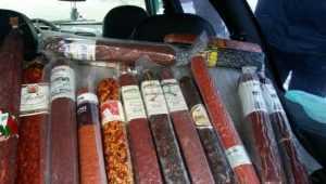 На Брянщине полиция изъяла у торговцев 10 тонн запрещённых продуктов