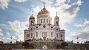 Митрополит Брянский и Севский принял участие в богослужении в Москве