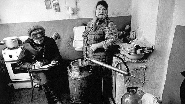 Суд оштрафовал брянскую самогонщицу на 30 тысяч рублей