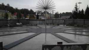 В Брянске вокруг фонтана на набережной установят 200 светильников