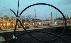 В Брянске на набережной появилась остановка с видеокамерами и Wi-Fi