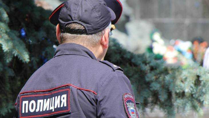 В Брянской области начнется суд над зарезавшим жену полицейским
