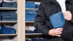 В Брянске поймали двоих похитителей одежды и часов из бутиков