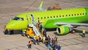 На первый авиарейс до Москвы в Брянске продали 27 билетов