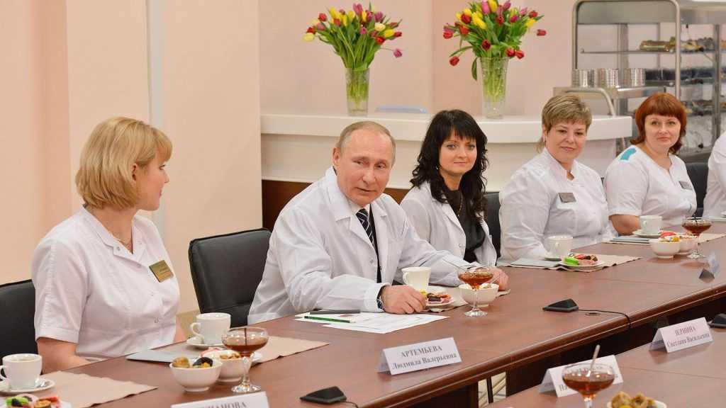 Сотрудники Брянского перинатального центра обратились в суд