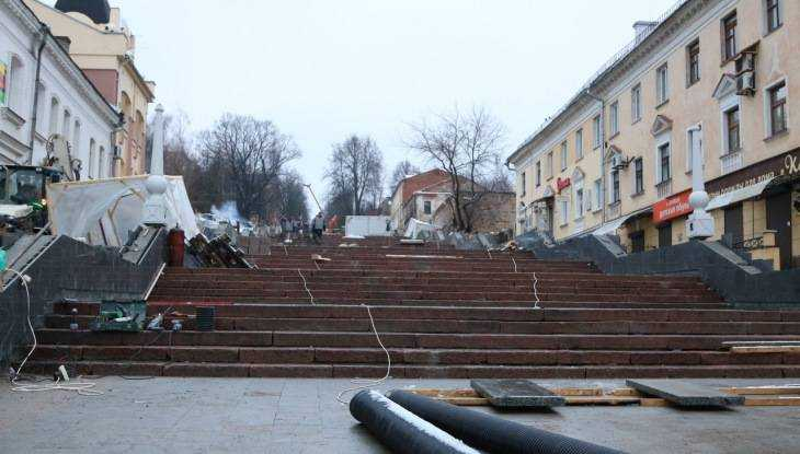 Лестницу на бульваре Гагарина в Брянске украсят декоративными шарами
