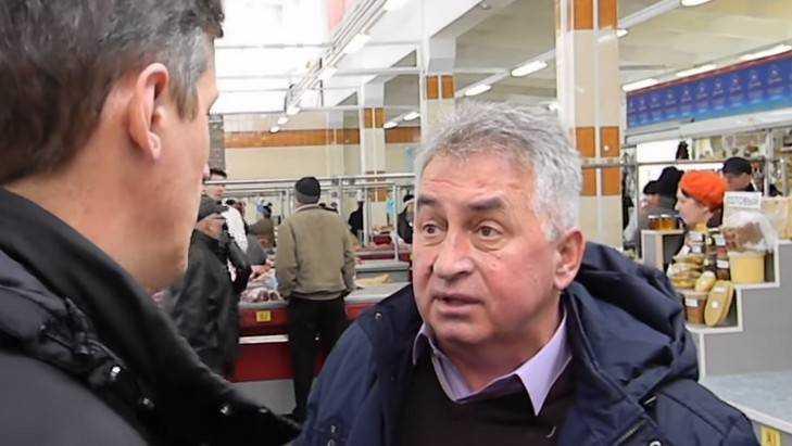 В Брянске после скандала торговец Тарабукин потерял место на рынке