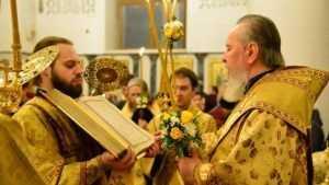 В канун дня памяти Николая Чудотворца брянский митрополит совершил всенощное бдение