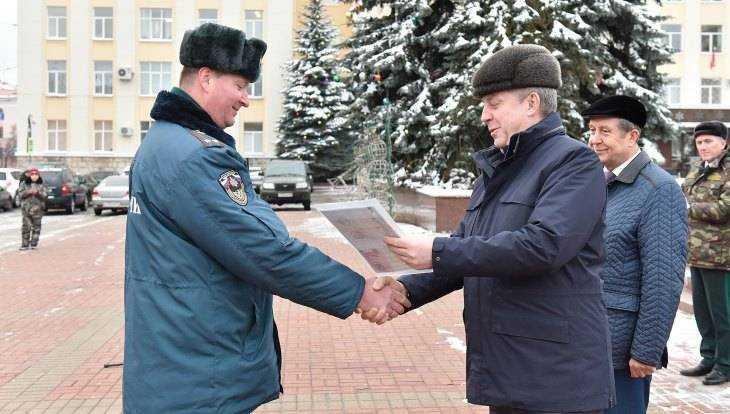 Губернатор Богомаз передал новую спецтехнику брянскому управлению МЧС