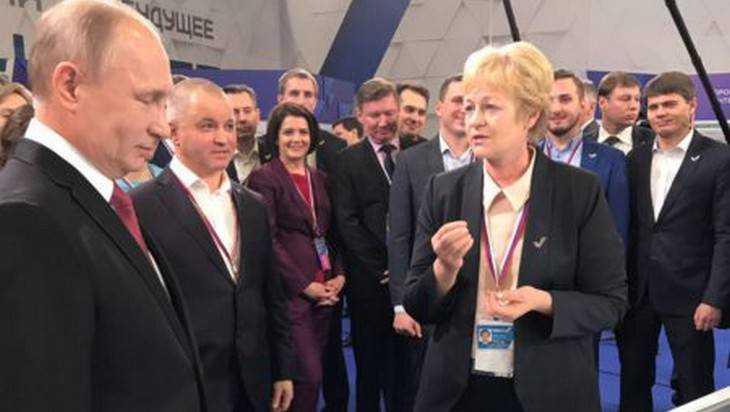 Брянский боец ОНФ Калинина рассказала Путину об увязшем мальчике