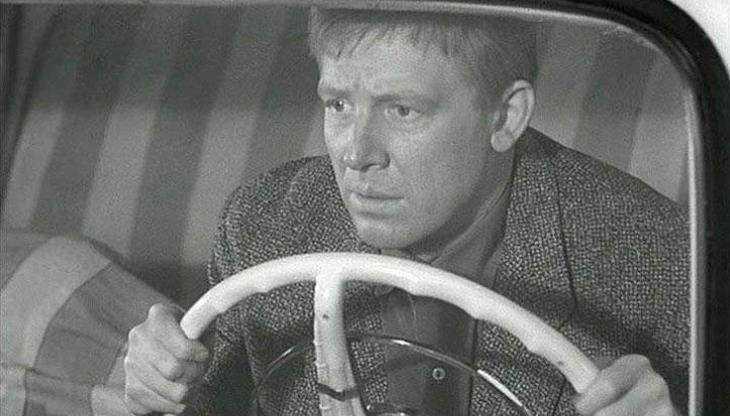 Смекалистый житель Брянска сдал чужой автомобиль на металлолом