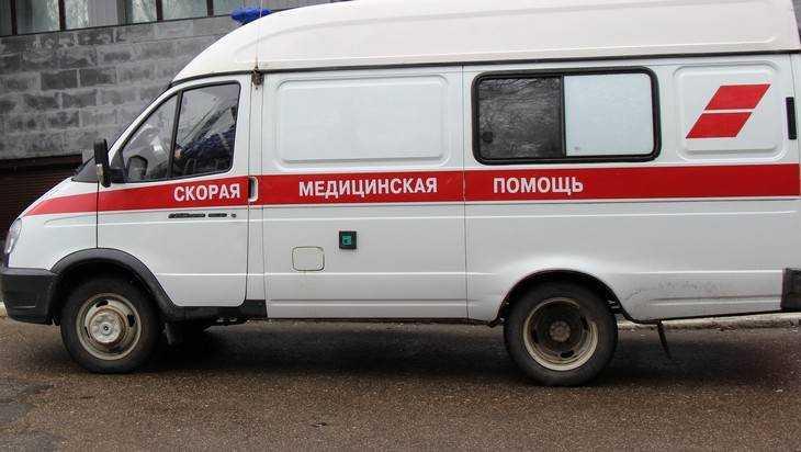 В Новозыбкове водитель «девятки» переломал пешеходу ноги