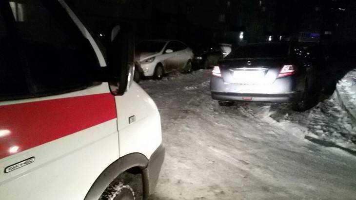 В Брянске автохам перекрыл проезд «скорой помощи»